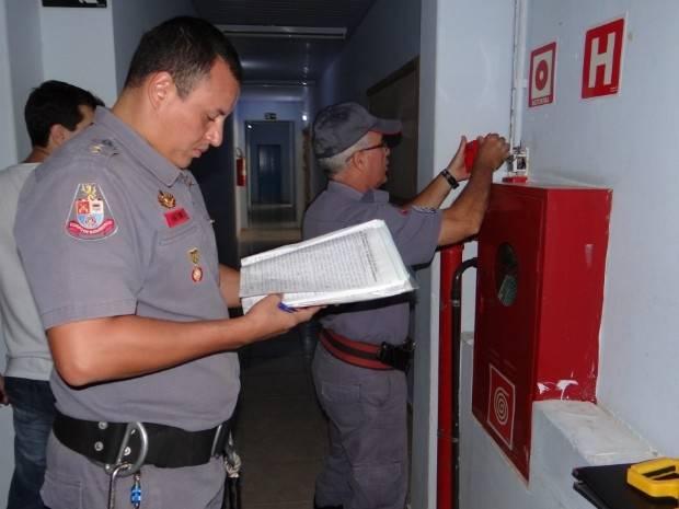 Licença do Corpo de Bombeiros Melhor Preço em Embu Guaçú - AVCB para Condomínios Residenciais